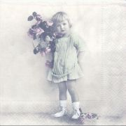2066-Girl-With-Flowers-Sagen-Vintage-Design.JPG